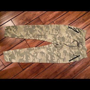 Echt camo matching joggers and sweat shirt